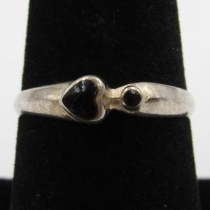 Vintage Size 7.75 Sterling Black Heart Ring